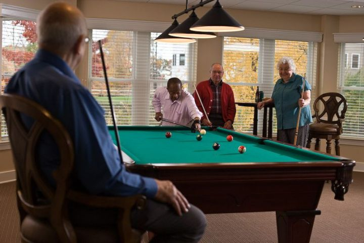 Play a game of billiards with friends while enjoying our evening happy hour