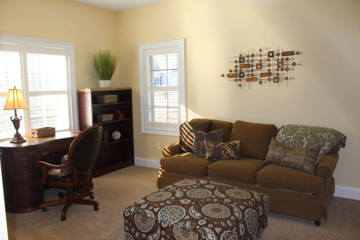 Space for office, lounge, or spare bedroom
